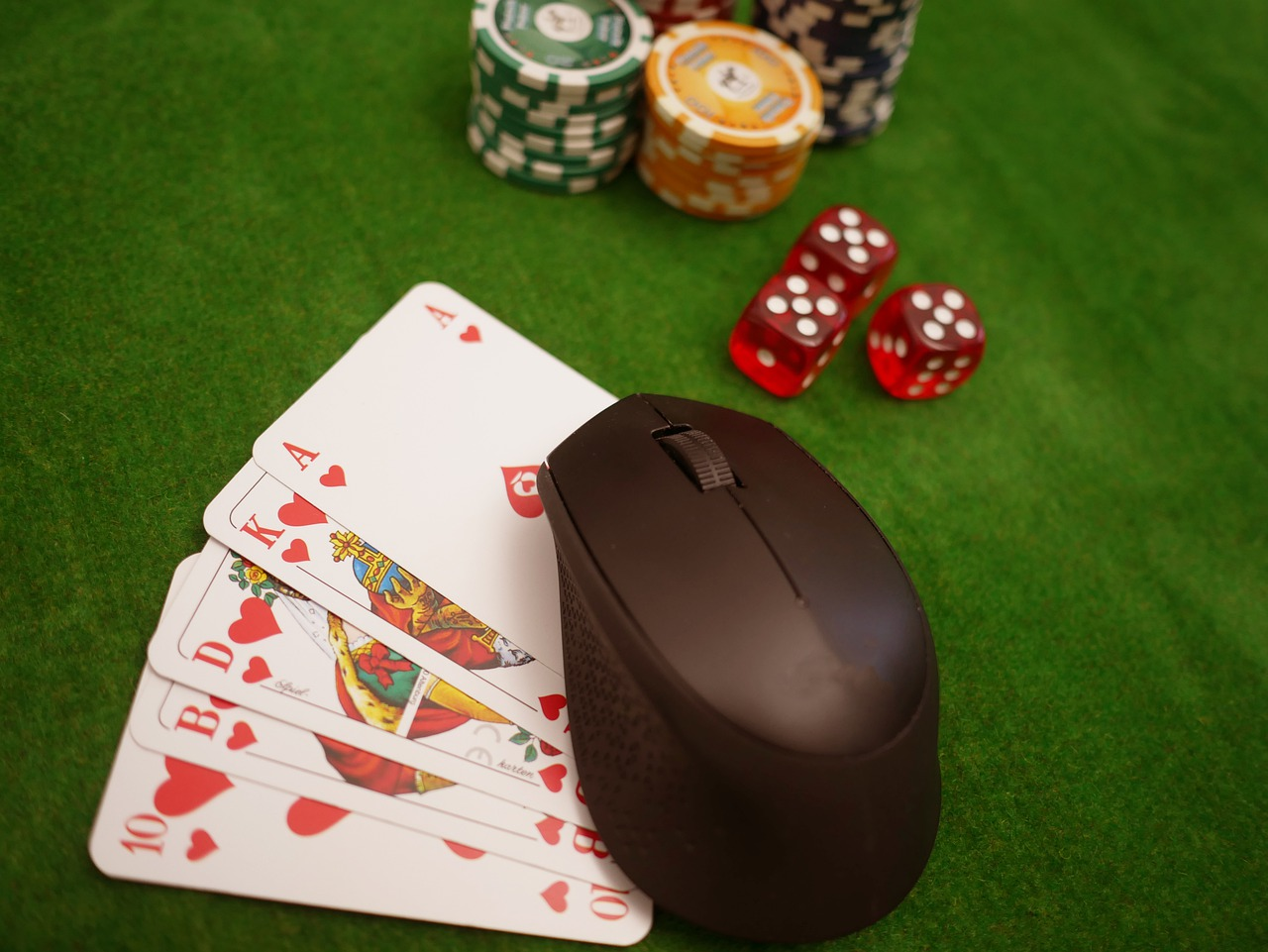 How The Social Life Of Online Gambling Is
